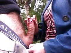 Jóvenes pequeños dedos en pirno mexicano el culo.